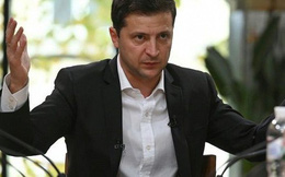 Tổng thống Ukraine họp báo kéo dài kỷ lục, 14 tiếng liền
