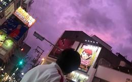 Bầu trời Nhật Bản tím lịm kỳ dị khi siêu bão Hagibis sắp đổ bộ
