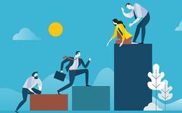 Ranh giới giữa kẻ tầm thường và người đẳng cấp chỉ cách nhau ở 3 điều này: Không tu thân dưỡng tính, có tiền tài, địa vị cũng chẳng thể ngẩng đầu lên!