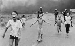 """12 bức ảnh thay đổi cả thế giới: """"Em bé Napalm"""" đứng đầu danh sách"""