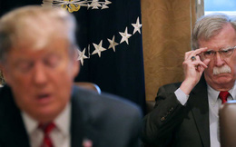 Ông John Bolton sẽ tham gia điều tra luận tội ông Trump?