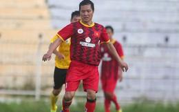 """Ngắm Hồng Sơn, Huỳnh Đức """"biểu diễn"""", sống lại những ký ức đẹp cùng thế hệ vàng bóng đá Việt Nam"""