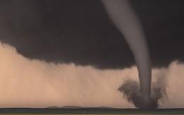 Vẻ kỳ vĩ đáng sợ của giông bão ở nước Mỹ