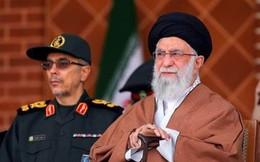 """Gọi Mỹ là """"kẻ thù không đội trời chung"""", Iran gửi cảnh cáo mạnh mẽ đến Washington"""