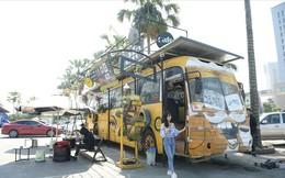Độc đáo chiếc xe buýt phế thải được hô biến thành quán cà phê
