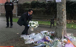 Thứ trưởng Ngoại giao Việt Nam đặt hoa tưởng niệm 39 nạn nhân ở Anh