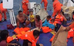 Phà chở 60 người bị lật ở Philippines