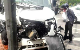 Ô tô chở khách Hàn Quốc gặp nạn ở Huế, 5 người nhập viện