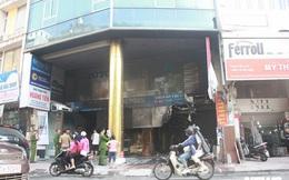 Ảnh: Cháy lớn cửa hàng phân phối gạch, thiết bị vệ sinh tại phố An Trạch