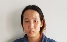 Bắt quả tang một phụ nữ mang thai nhận 150 gam ma túy giấu trong hộp bánh trung thu