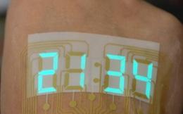 Trung Quốc chế tạo ra loại màn hình siêu mỏng và dẻo tới mức có thể dán trên da