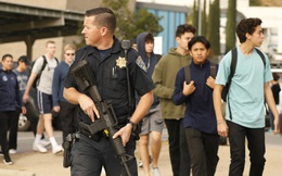 Nam sinh 16 tuổi xả súng, bắn chết hai bạn học ở California
