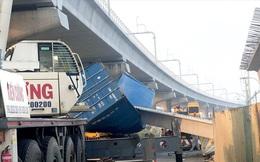 Bất ngờ nguyên nhân vụ xe container kéo sập dầm cầu bộ hành ở Sài Gòn