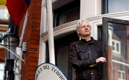 Ông chủ WikiLeaks thoát cáo buộc hiếp dâm