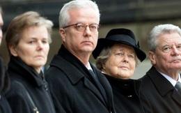Con trai cố tổng thống Đức bị đâm chết khi đang giảng bài