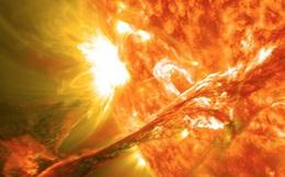 """Video: Âm thanh lạ lùng khi bão Mặt trời """"tấn công"""" Trái Đất"""