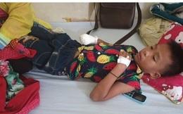 Đèn pin phát nổ khi sạc, bé trai 10 tuổi bị dập nát bàn tay