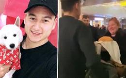 Đặng Văn Lâm hạnh phúc khoe mẹ nướng bánh mang ra tận sân bay, fangirl đổ rạp trước 'mẹ chồng quốc dân'!