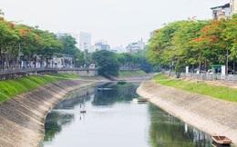 """Bơm nước sông Hồng """"cứu"""" sông Tô Lịch: """"Có tiền bơm rửa thì cũng chuyển ô nhiễm sang cho nơi khác"""""""