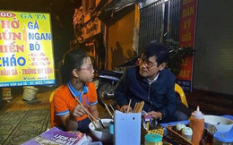 Video: Bé gái bị lạc, đi xe đạp từ Hải Dương lên Hà Nội