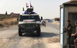 """Động thái """"chưa từng có"""" của phe phiến quân Syria thân Mỹ đối với quân đội Nga"""