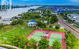 Bên trong khu dinh thự triệu đô ven sông của giới nhà giàu ở ngay cạnh Sài Gòn
