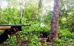 """Thợ săn bị """"đồng nghiệp"""" bắn thấu bụng vì tưởng là... thú rừng"""