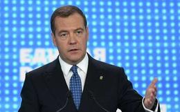 """Thủ tướng Medvedev nói đến """"cơn cuồng loạn"""" chống Nga"""