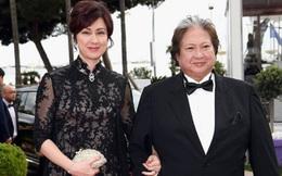 Hồng Kim Bảo quát mắng vợ giữa quán ăn
