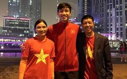 Không thể về thăm nhà, Đoàn Văn Hậu vẫn có cách để bố mẹ hưởng trọn niềm vui vô địch SEA Games