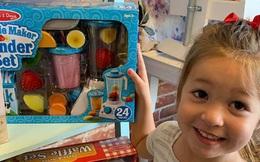 Con vòi vĩnh mua đồ chơi, chiêu thông minh của bà mẹ đã ngăn chặn cơn đòi hỏi của con ngay lập tức