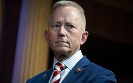 Thành viên đảng Dân chủ đổi đảng vì phản đối luận tội Tổng thống Trump