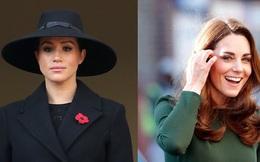 """Meghan Markle bất ngờ bị cáo buộc biến gia đình nhà chồng thành chương trình truyền hình cá nhân, Hoàng tử Harry là """"kẻ ngốc"""""""