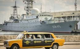 """Tàu do thám Nga """"lùi lũi"""" xuất hiện ngoài bờ biển, Mỹ phản ứng"""