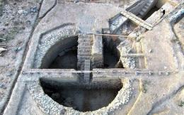 Phát hiện hai ngôi mộ cổ chứa nhiều vàng và đá quý ở Hy Lạp