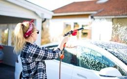 Những sai lầm thường gặp khi tự rửa ô tô tại nhà