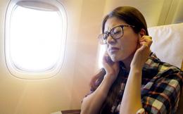 Ðối phó với ù tai khi đi máy bay