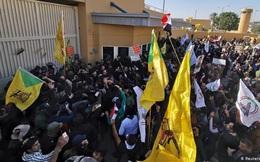 """Trump cáo buộc Iran """"dàn xếp"""" người biểu tình vây Đại sứ quán Mỹ"""