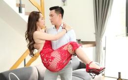 Cảnh Việt Anh bế bổng, hôn cuồng nhiệt Quỳnh Nga: Đạo diễn cáu, dọa nếu không làm được thì cắt vai