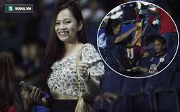 """CĐV Thái Lan cầm cờ, cổ vũ UAE trên sân Buriram vì """"dạo này thua Việt Nam hơi nhiều"""""""