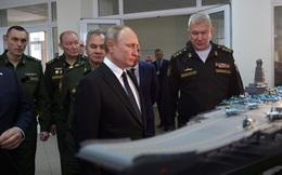 Được giới thiệu với TT Putin, mẫu tàu sân bay tương lai của Nga có sức mạnh như thế nào?