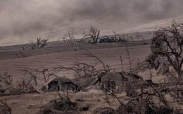 Núi lửa Philippines phun trào: Làng mạc, gia súc bị chôn vùi như 'ngày tận thế'