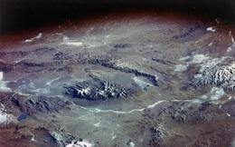 Nhiệt độ tăng lên, sông băng tan có thể giải phóng virus cổ xưa 15.000 tuổi