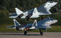 """Tại sao """"thần điểu"""" F-35 chỉ có thể quay đầu khi đối mặt """"tội phạm"""" Su-57?"""