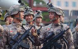 """Súng trường tấn công mới của Trung Quốc: Biến thể súng AK từng là """"hòn đá lót đường""""?"""