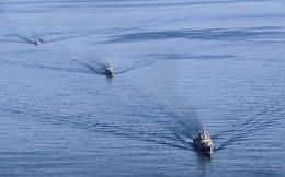 """Hải quân Nga-Trung-Iran tập trận, Mỹ cố tình """"chọc gậy bánh xe"""", Tư lệnh HQ Iran nổi giận?"""