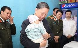 Con chiến sĩ công an hy sinh ở Đồng Tâm được đề xuất trợ cấp đến năm 18 tuổi