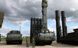 """Thêm một quốc gia quyết tâm mua S-400 của Nga mặc Mỹ """"nổi giận"""""""