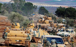 """Đoàn xe quân sự Thổ Nhĩ Kỳ tiến về """"chảo lửa"""" Idlib của Syria"""
