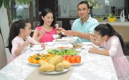 """MC Quyền Linh: """"Với tôi, Tết không thể thiếu thịt kho hột vịt, dưa chua và canh khổ qua"""""""